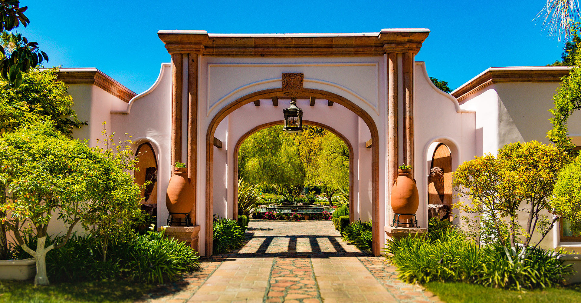 The gates that welcome you to the ranch