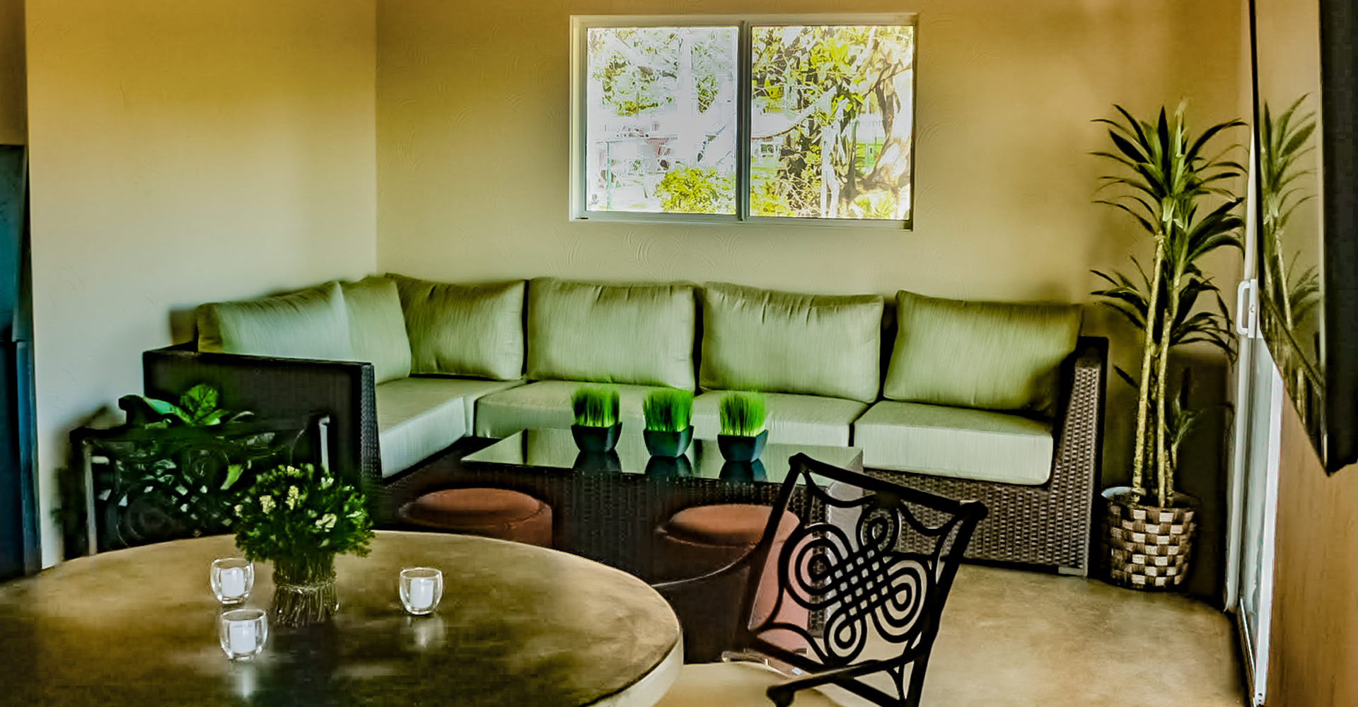 The comfortable lounge area inside the tasting room